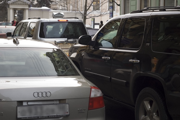 Кидалы не боятся работать с дорогими автомобилями