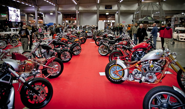 мотоциклы на выставке X-treme Car Show