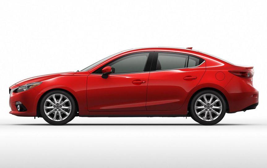 2 место: Mazda 3