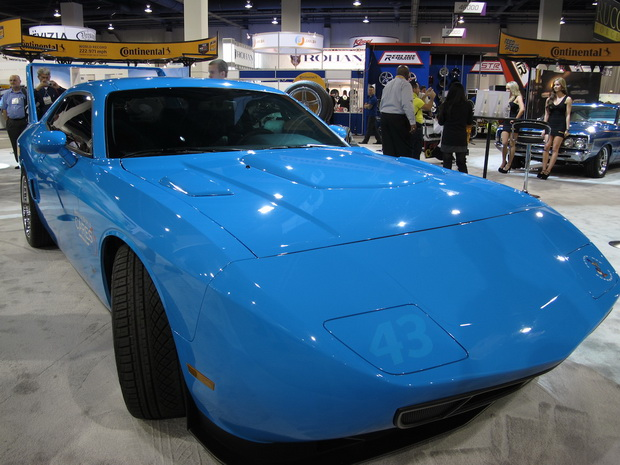 blue sportcar on SEMA 2013