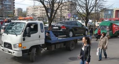 Эвакуировали автомобиль в СПб