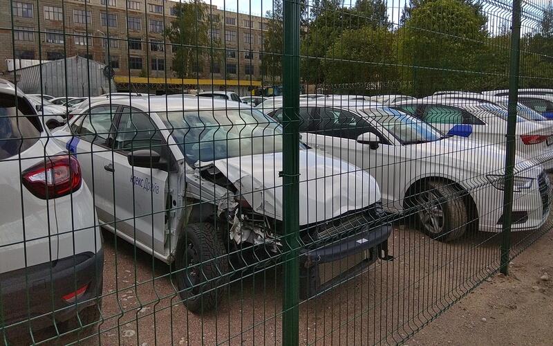 Битые каршеринговые автомобили