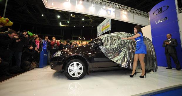 Lada Largus предстала перед зрителями