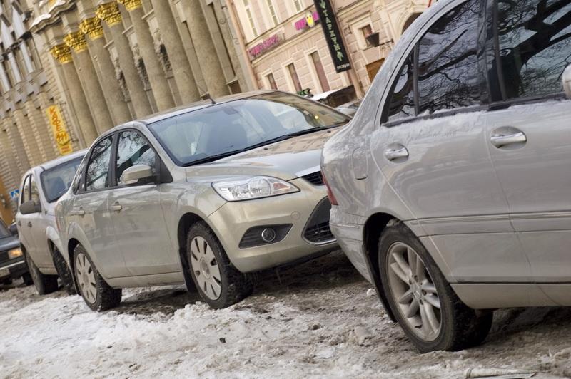 В Петербурге предпочитают серебристый цвет автомобилей