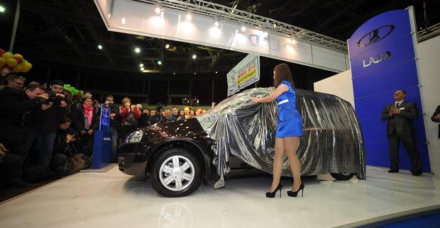 Выставка Мир Автомобиля в Санкт-Петербурге