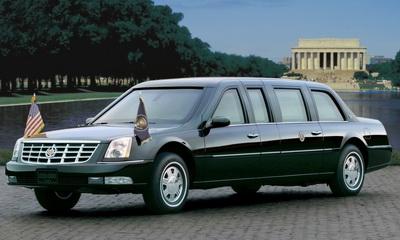 президент США Барак Обама ездит на Cadillac Presidential Limousine