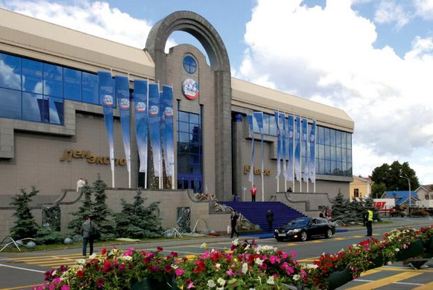 Выставочный комплекс Ленэкспо в Гавани