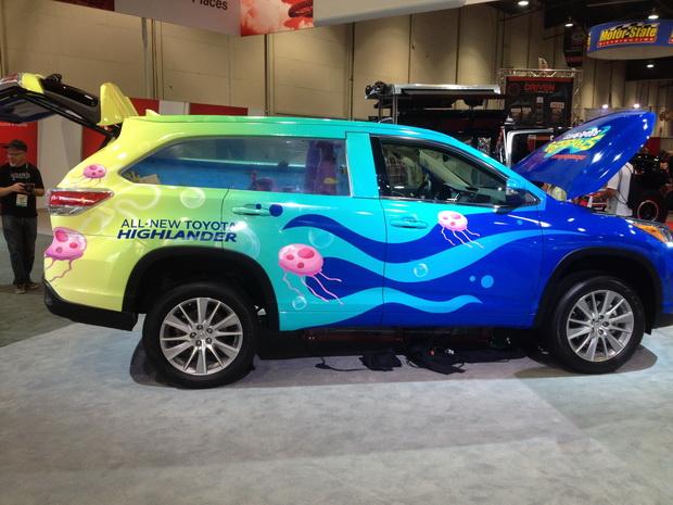 Тойота с аквариумом